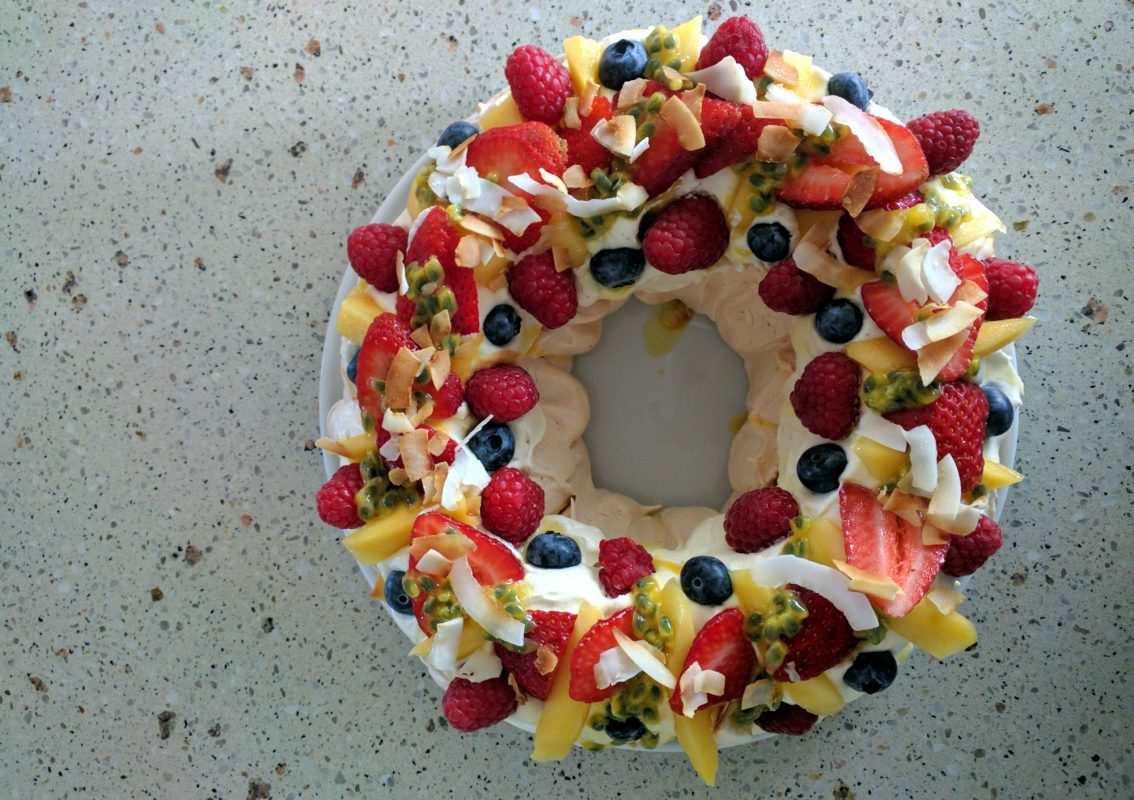 ashleigh jones brisbane dietitian nutritionist low fodmap pavlova dessert